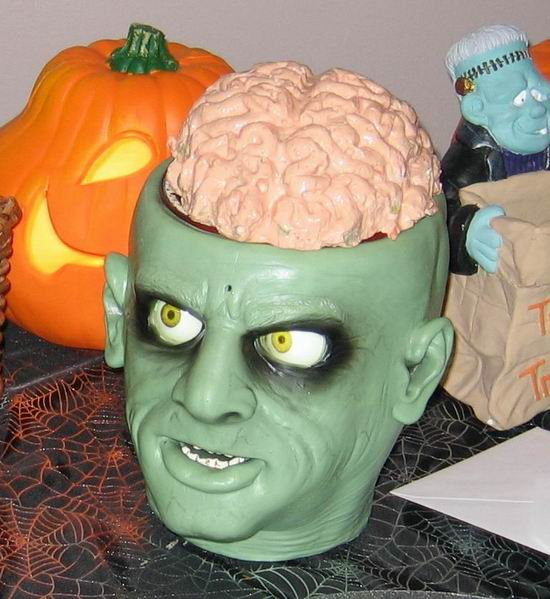 Zombie head with Brains